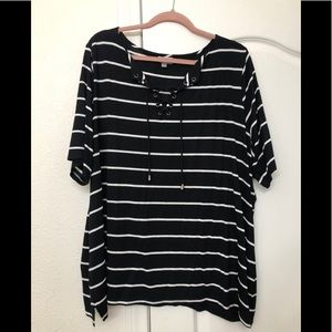 Avenue Tops - Striped t-shirt